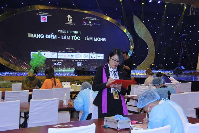 Thủy Heli làm ban giám khảo tại Đại hội làm đẹp Quốc tế tổ chức tại Việt Nam năm 2018