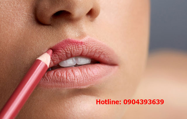 Phun xăm môi giúp bạn không phải tô son